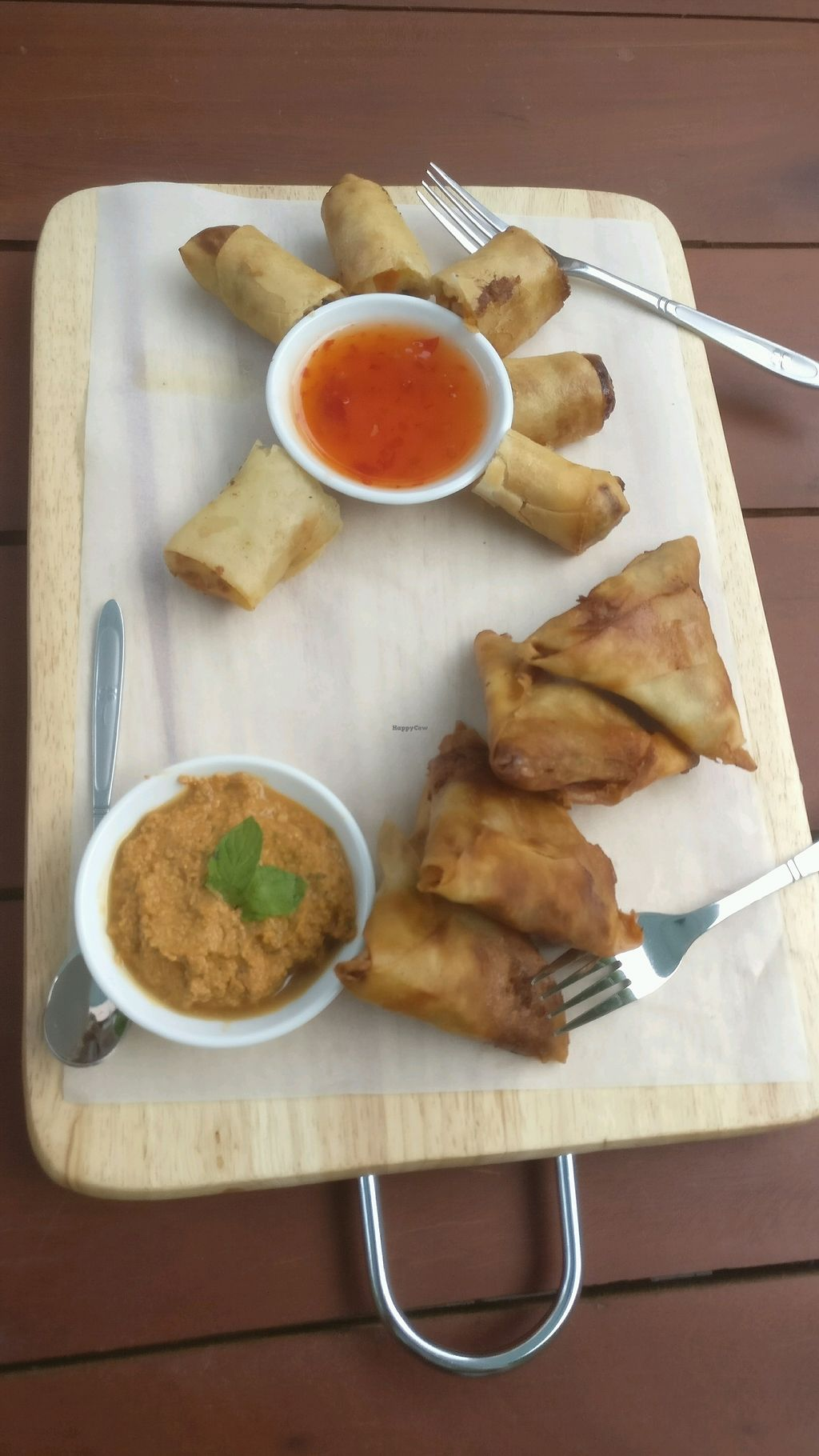 """Photo of Moringa Bar & Restaurant  by <a href=""""/members/profile/nick4554"""">nick4554</a> <br/>amazing tasting platter of Samosas and spring rolls!  <br/> November 5, 2017  - <a href='/contact/abuse/image/103857/322125'>Report</a>"""