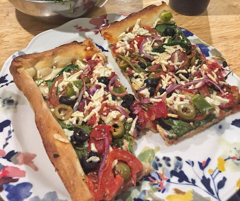 """Photo of Rizzo's Fine Pizza  by <a href=""""/members/profile/MLE22"""">MLE22</a> <br/>Verdura Pizza with Daiya cheese (large square) <br/> October 29, 2017  - <a href='/contact/abuse/image/103896/319697'>Report</a>"""