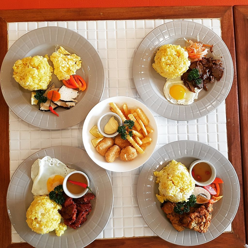 """Photo of 8tables   by <a href=""""/members/profile/8tables"""">8tables</a> <br/>All Day Breakfast Specials  <br/> October 31, 2017  - <a href='/contact/abuse/image/103898/320526'>Report</a>"""