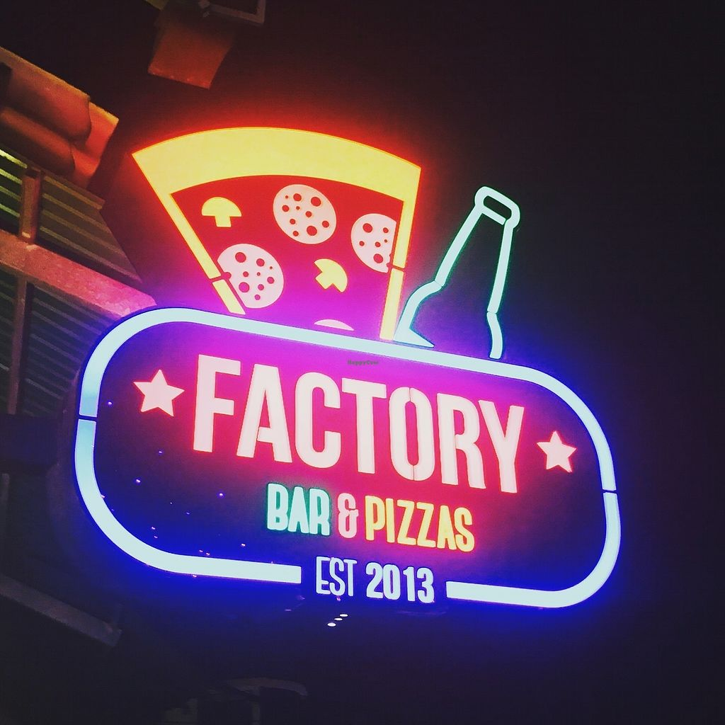 """Photo of Factory Pizza And Bar  by <a href=""""/members/profile/tark"""">tark</a> <br/>Enseigne Factory best pizza siem reap <br/> October 31, 2017  - <a href='/contact/abuse/image/104038/320481'>Report</a>"""