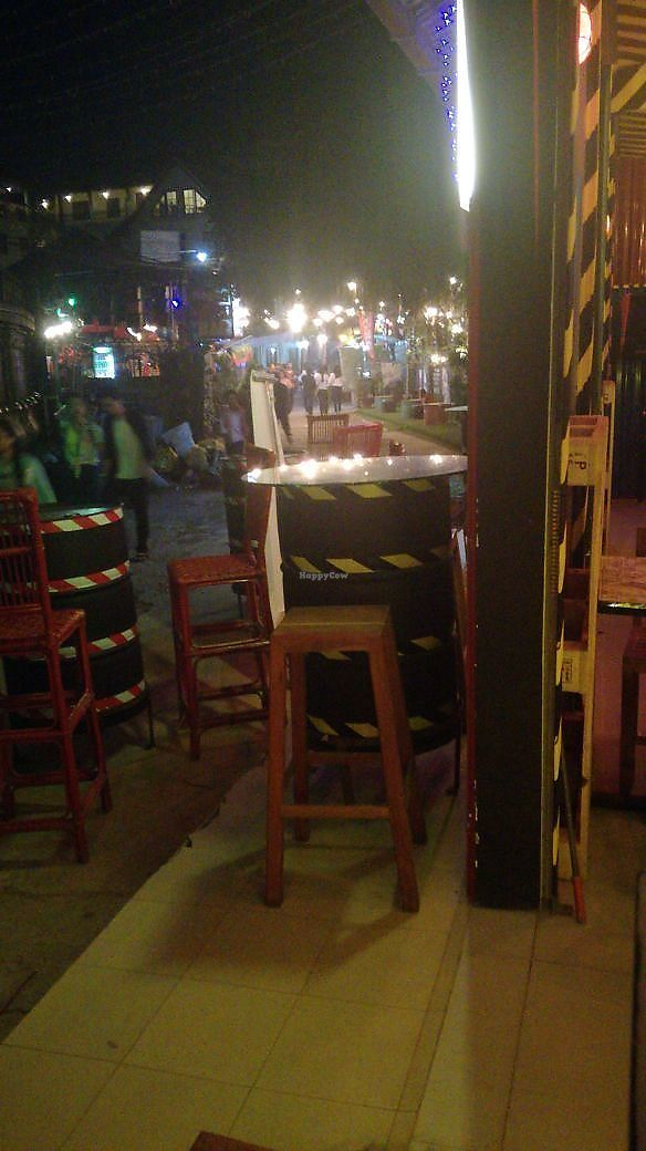 """Photo of Factory Pizza And Bar  by <a href=""""/members/profile/samo"""">samo</a> <br/>outside of factory pizza <br/> November 7, 2017  - <a href='/contact/abuse/image/104038/322940'>Report</a>"""