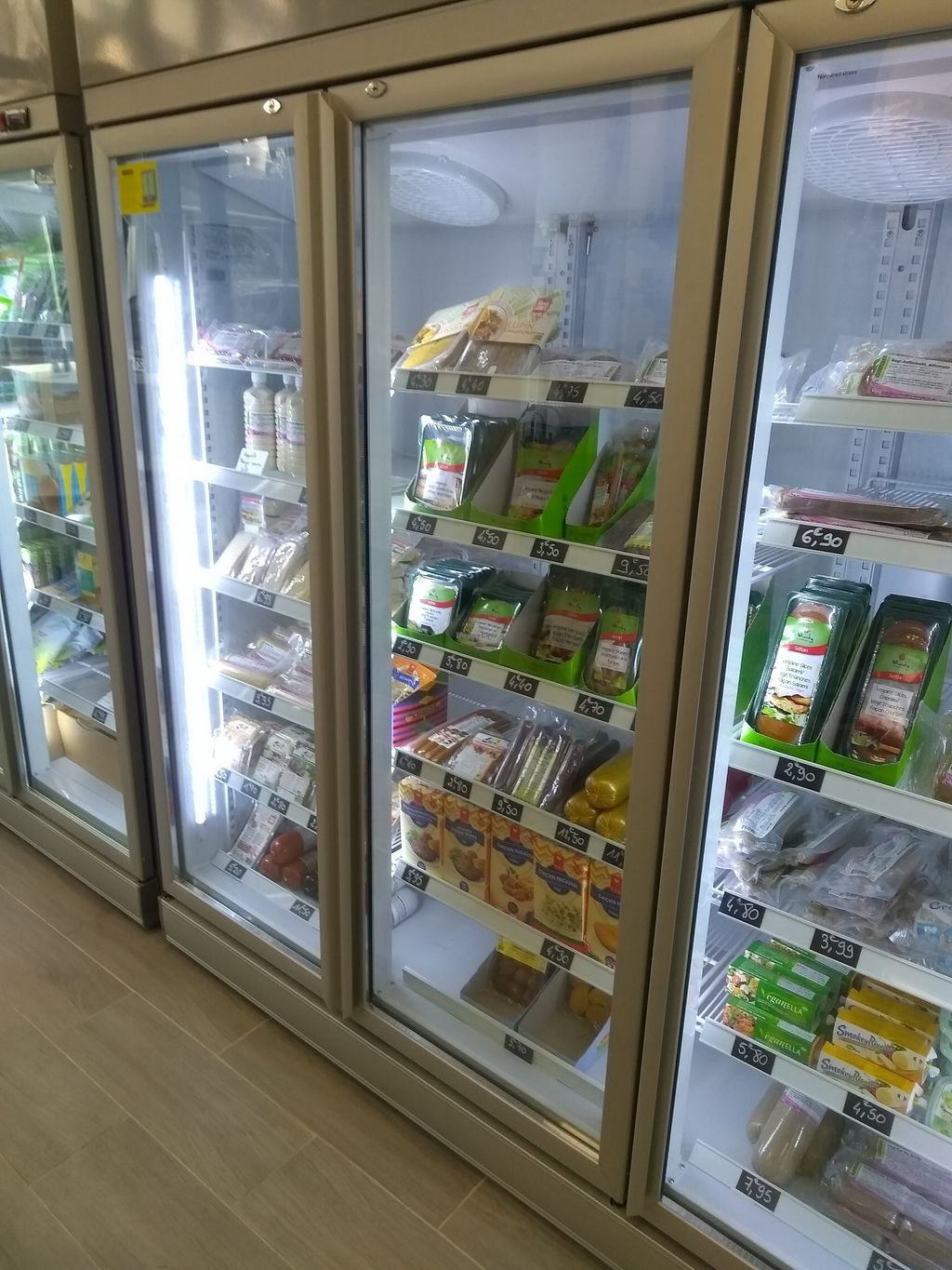 """Photo of 2VShop  by <a href=""""/members/profile/thenaturalfusions"""">thenaturalfusions</a> <br/>Vegan cheezes in the fridge <br/> November 13, 2017  - <a href='/contact/abuse/image/104079/325114'>Report</a>"""