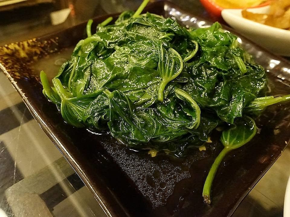 """Photo of Veggie Mind Cafe  by <a href=""""/members/profile/JimmySeah"""">JimmySeah</a> <br/>Fresh green vegetables <br/> November 2, 2017  - <a href='/contact/abuse/image/104095/321152'>Report</a>"""