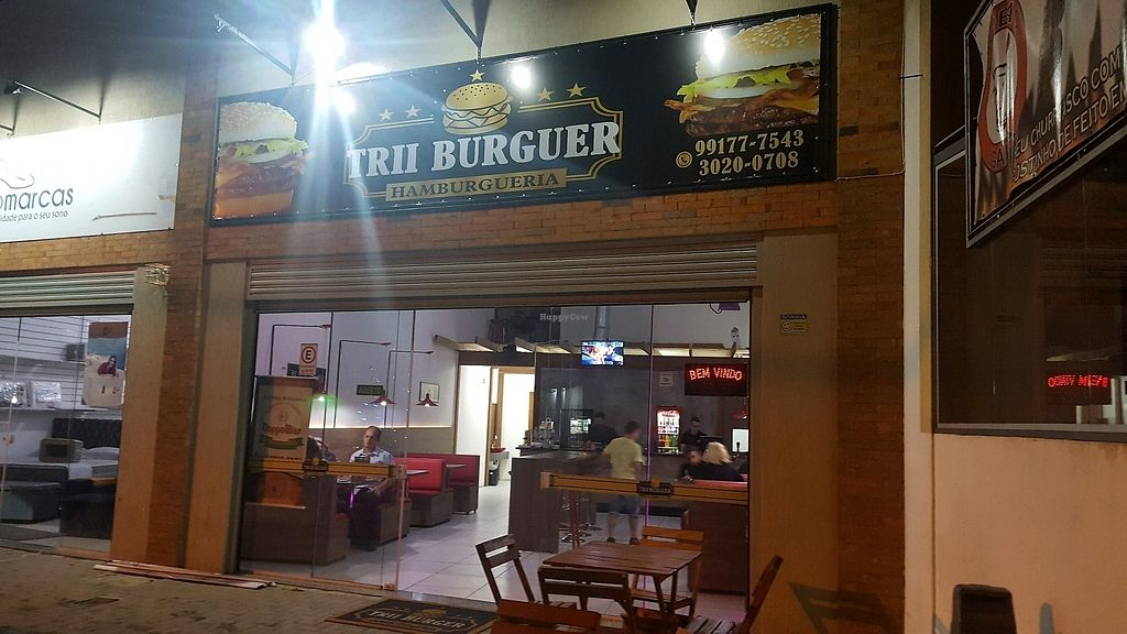 """Photo of Trii Burguer  by <a href=""""/members/profile/cedres"""">cedres</a> <br/>front <br/> November 19, 2017  - <a href='/contact/abuse/image/104363/327052'>Report</a>"""