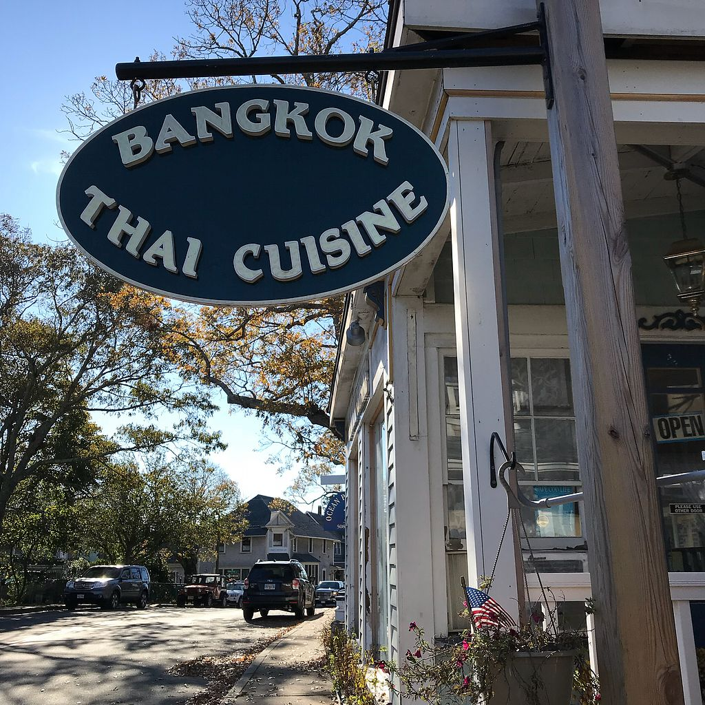 "Photo of Bangkok Thai Cuisine  by <a href=""/members/profile/Sarah%20P"">Sarah P</a> <br/>Street sign <br/> November 11, 2017  - <a href='/contact/abuse/image/104388/324426'>Report</a>"