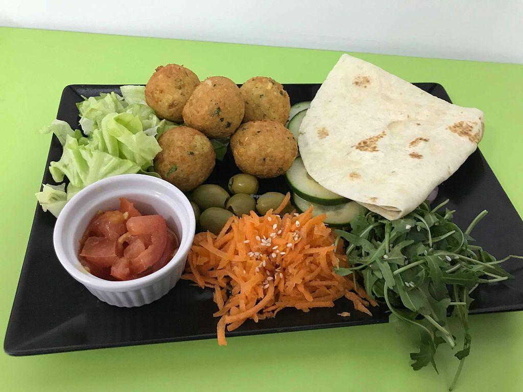 "Photo of Salti - Vegan Fast Food  by <a href=""/members/profile/MarkoObradovic"">MarkoObradovic</a> <br/>Salti Bowl- Falafel <br/> January 6, 2018  - <a href='/contact/abuse/image/104408/343724'>Report</a>"