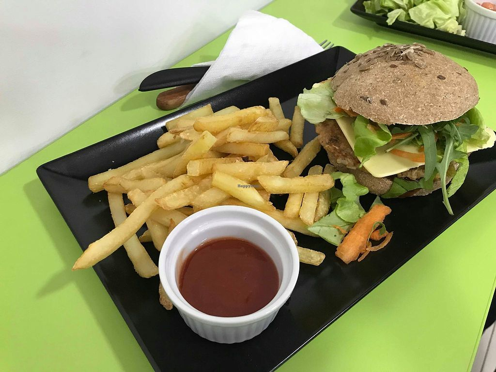 """Photo of Salti - Vegan Fast Food  by <a href=""""/members/profile/MarkoObradovic"""">MarkoObradovic</a> <br/>Salti Burger and fries <br/> January 6, 2018  - <a href='/contact/abuse/image/104408/343725'>Report</a>"""