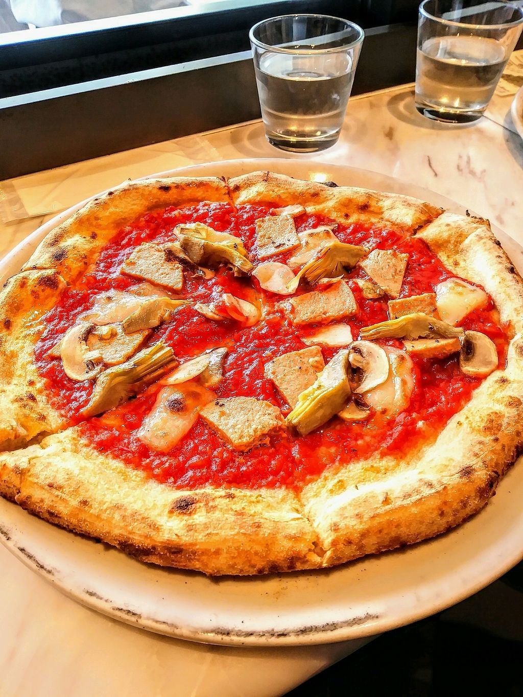 """Photo of 800 Degrees - Shibuyaku  by <a href=""""/members/profile/AaronMG"""">AaronMG</a> <br/>Pizza with mushrooms, artichokes, and vegan cheese/ham <br/> April 3, 2018  - <a href='/contact/abuse/image/104410/380148'>Report</a>"""