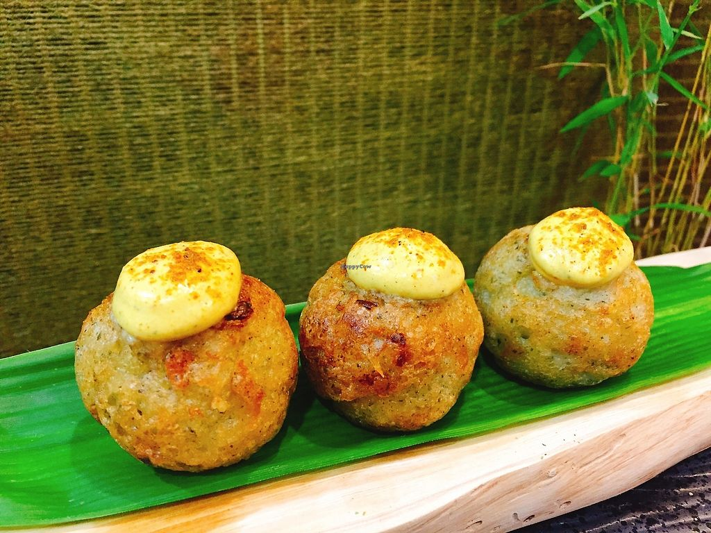 """Photo of Bao Gu Shao - Mushyaki  by <a href=""""/members/profile/CharlieGo"""">CharlieGo</a> <br/>curry flavor <br/> November 17, 2017  - <a href='/contact/abuse/image/104486/326466'>Report</a>"""