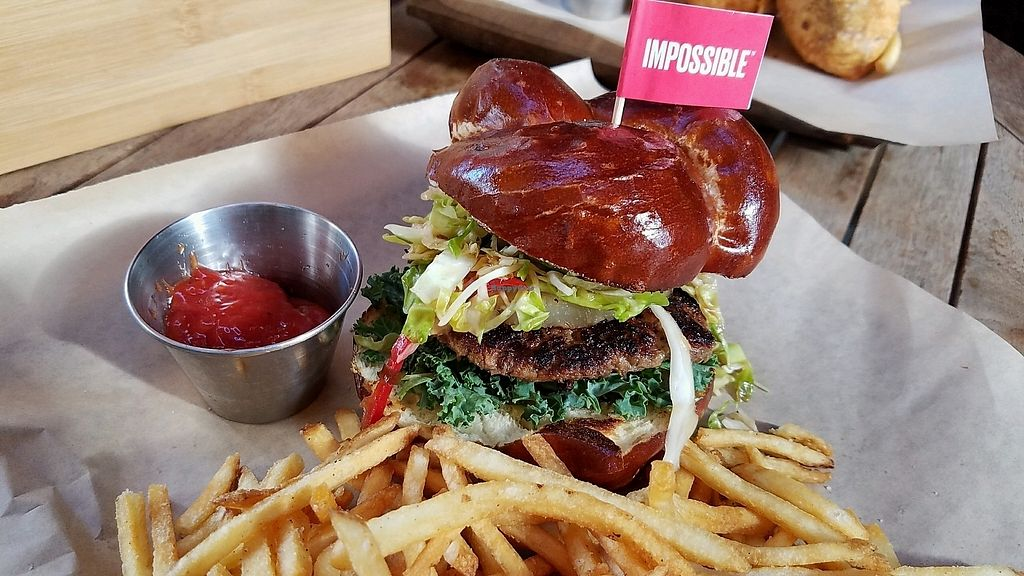 """Photo of Beelman's  by <a href=""""/members/profile/eric"""">eric</a> <br/>that's a tasty impossible burger <br/> November 18, 2017  - <a href='/contact/abuse/image/104517/326821'>Report</a>"""