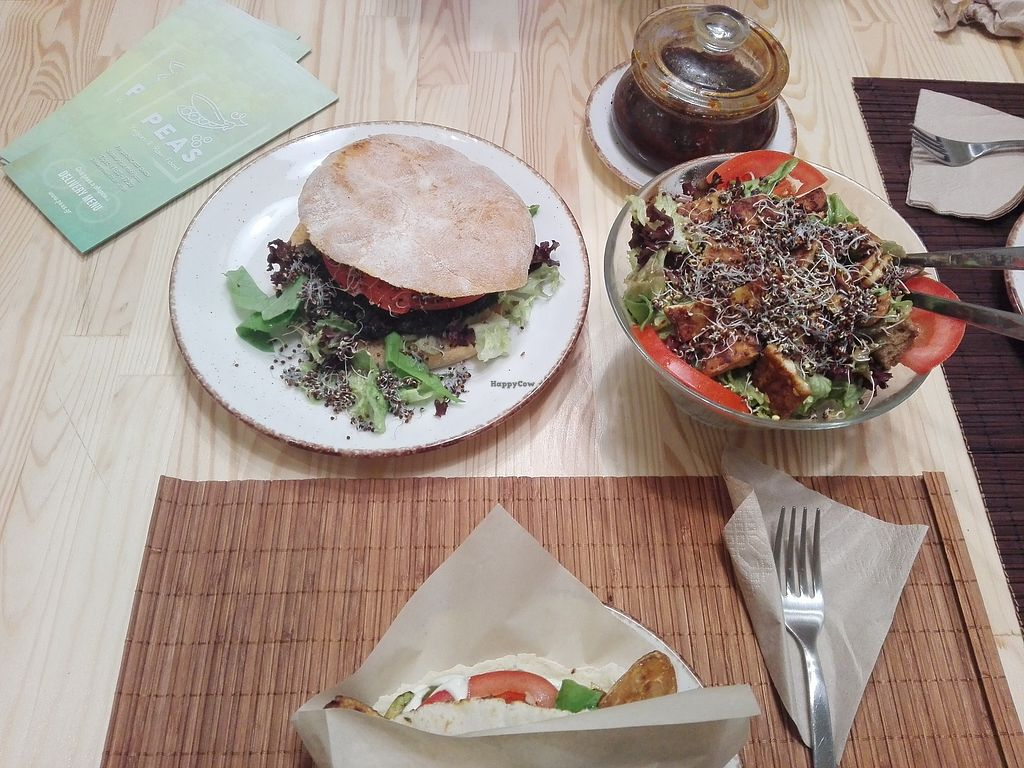 """Photo of Peas  by <a href=""""/members/profile/ElisaGR"""">ElisaGR</a> <br/>Burger, tempeh wrap and tempeh salad   Yammi! <br/> January 20, 2018  - <a href='/contact/abuse/image/104532/348930'>Report</a>"""