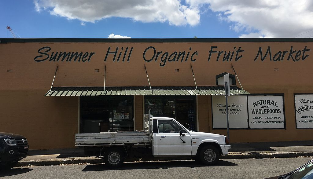 """Photo of Summer Hill Organic Fruit Market  by <a href=""""/members/profile/Mslanei"""">Mslanei</a> <br/>The outside <br/> November 9, 2017  - <a href='/contact/abuse/image/104630/323553'>Report</a>"""