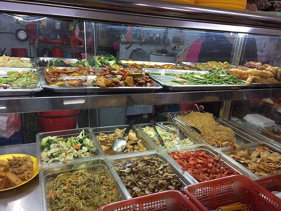 "Photo of Healthy Vegetarian Food Stall  by <a href=""/members/profile/CherylQuincy"">CherylQuincy</a> <br/>Food selection (photo by VSM) <br/> February 28, 2018  - <a href='/contact/abuse/image/104741/364763'>Report</a>"
