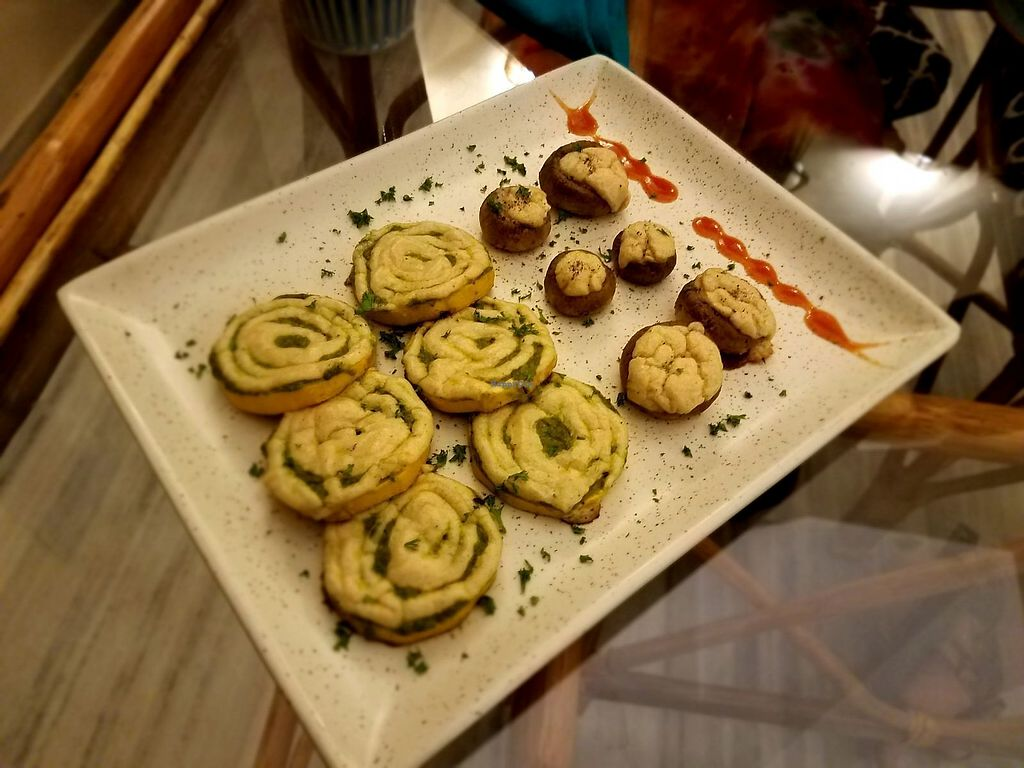 "Photo of Smart Alec - Alternative Deli  by <a href=""/members/profile/BadassJB"">BadassJB</a> <br/>MuZu's Madness - stuffed mushrooms and zucchini slices <br/> March 7, 2018  - <a href='/contact/abuse/image/104760/367934'>Report</a>"