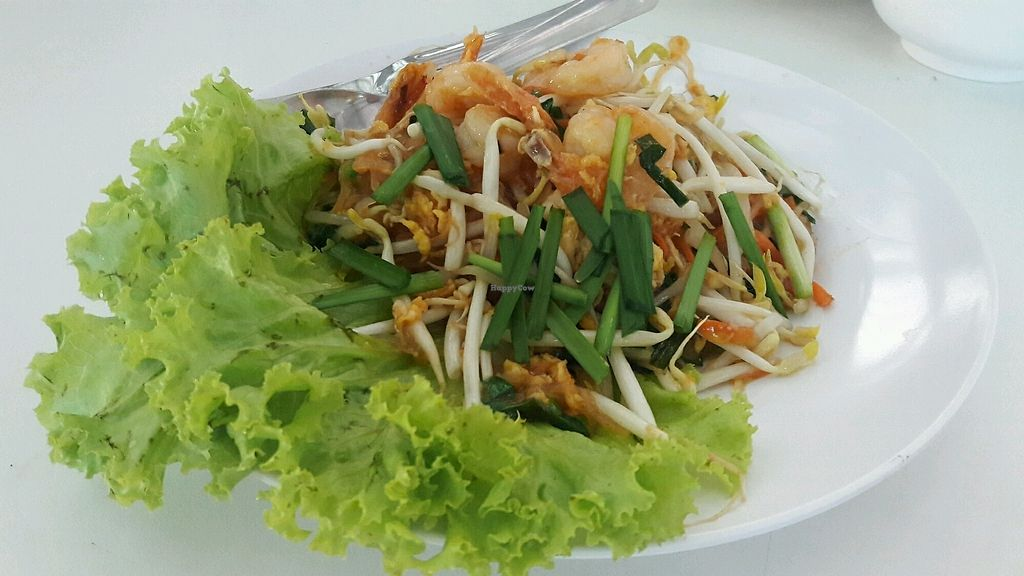 """Photo of Give Green Farm House Restaurant  by <a href=""""/members/profile/GiveGreenFarmHouseRes"""">GiveGreenFarmHouseRes</a> <br/>Pad thai with taufoo <br/> November 13, 2017  - <a href='/contact/abuse/image/104911/325265'>Report</a>"""