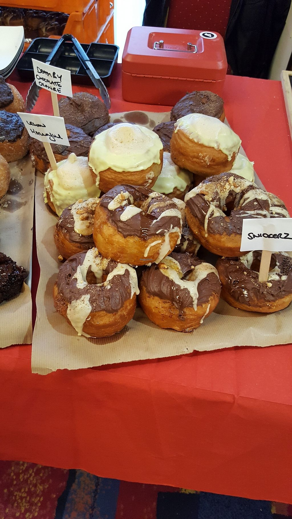 """Photo of VeganJunk  by <a href=""""/members/profile/Clare"""">Clare</a> <br/>Desserts from heaven <br/> November 12, 2017  - <a href='/contact/abuse/image/104930/324867'>Report</a>"""