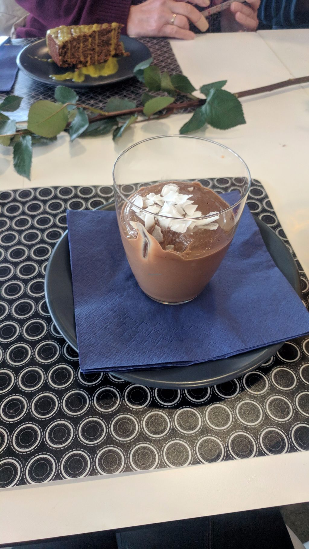 "Photo of  Zelena Avenija  by <a href=""/members/profile/SaraMarkic"">SaraMarkic</a> <br/>awesome chocolate dessert <br/> December 5, 2017  - <a href='/contact/abuse/image/105045/332641'>Report</a>"