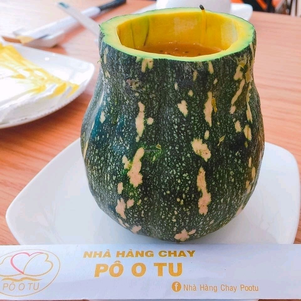 """Photo of Po o Tu  by <a href=""""/members/profile/Veganrestaurantpootu"""">Veganrestaurantpootu</a> <br/>Súp bí đỏ <br/> November 16, 2017  - <a href='/contact/abuse/image/105058/326067'>Report</a>"""