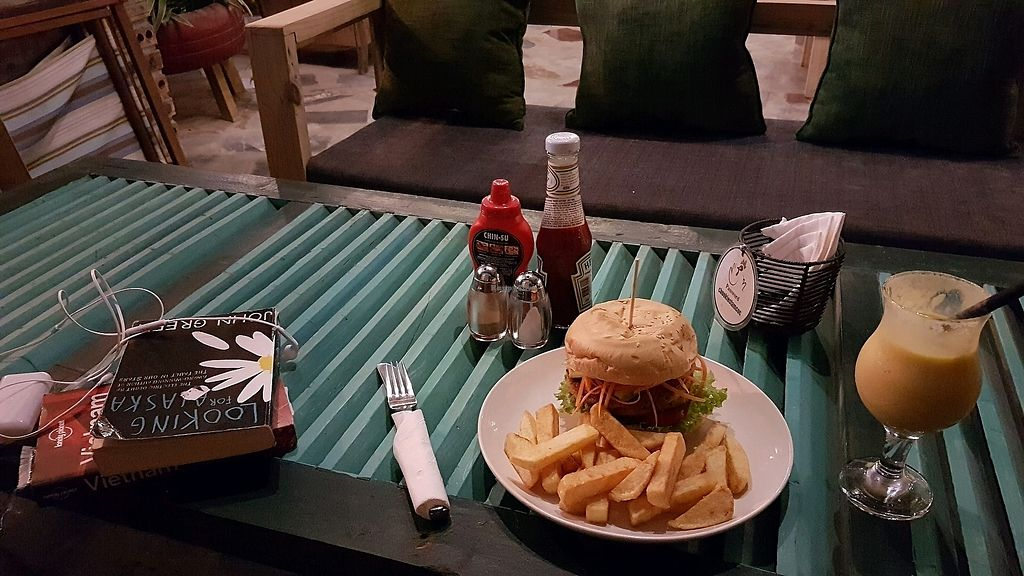 """Photo of Chookie's Beer Garden  by <a href=""""/members/profile/aggiem"""">aggiem</a> <br/>Vegetarian falafel burger and vegan mango-coconut milkshake <br/> November 15, 2017  - <a href='/contact/abuse/image/105065/325948'>Report</a>"""