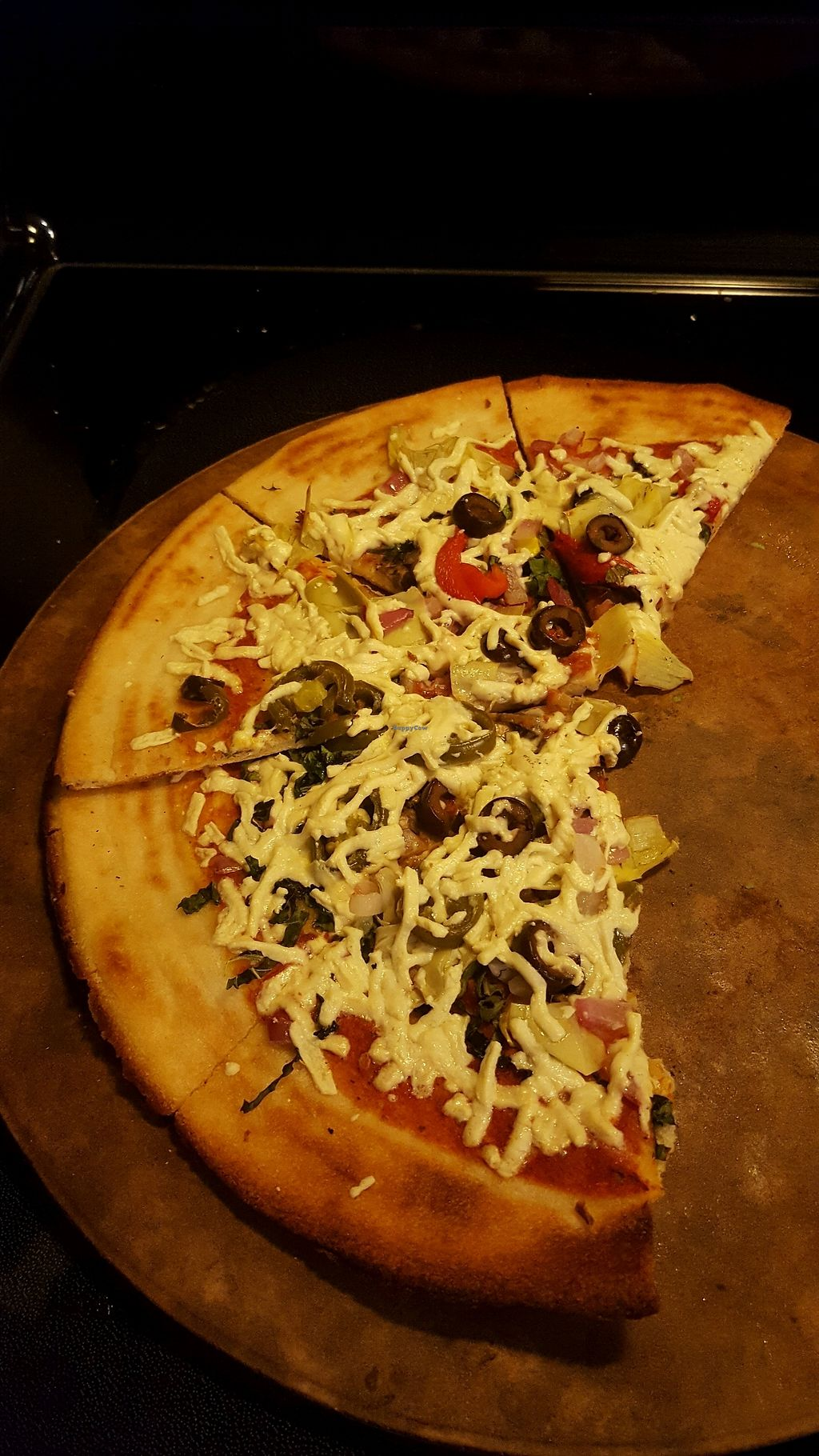 "Photo of Mod Pizza  by <a href=""/members/profile/TerriRubyRedmon"">TerriRubyRedmon</a> <br/>vegan pizza <br/> December 1, 2017  - <a href='/contact/abuse/image/105091/331016'>Report</a>"