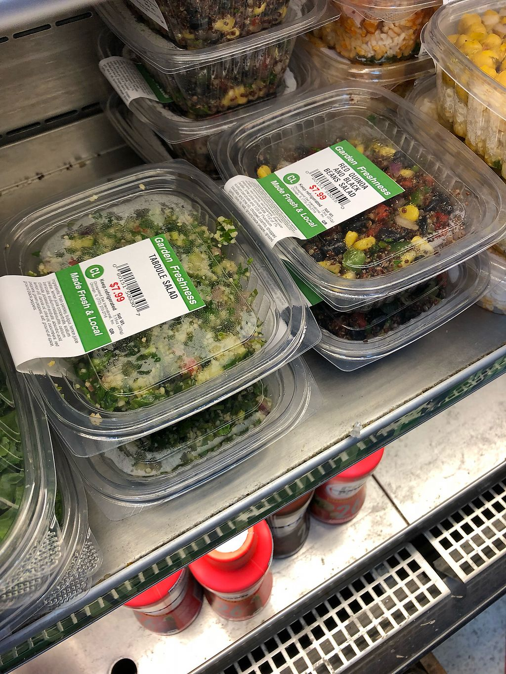 """Photo of Fresh Market on the Go - Airport  by <a href=""""/members/profile/Knauji82"""">Knauji82</a> <br/>Salad <br/> April 18, 2018  - <a href='/contact/abuse/image/105152/387425'>Report</a>"""
