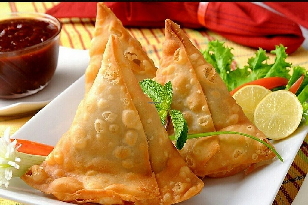 "Photo of Vanakkam India  by <a href=""/members/profile/DijinKd"">DijinKd</a> <br/>Vegi samosa <br/> November 19, 2017  - <a href='/contact/abuse/image/105412/326954'>Report</a>"