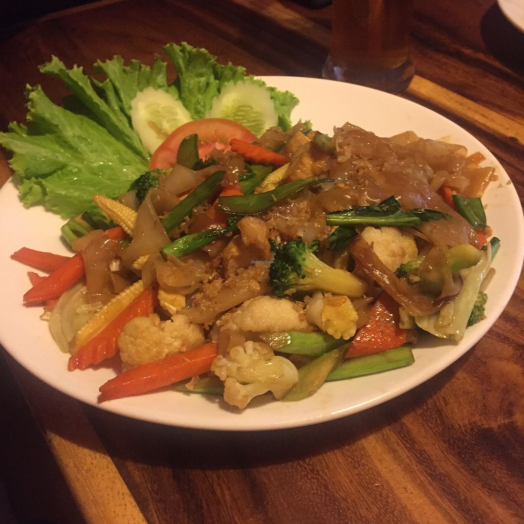 """Photo of Ethos  by <a href=""""/members/profile/Origamiwolf"""">Origamiwolf</a> <br/>Stir fried rice noodles with vegetable <br/> March 8, 2018  - <a href='/contact/abuse/image/10554/368078'>Report</a>"""