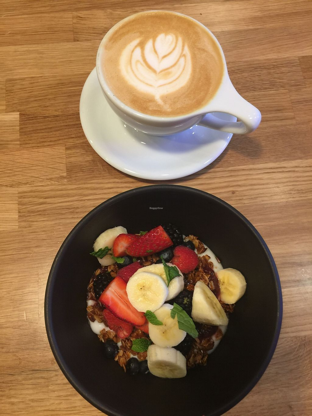"Photo of Parakeet Cafe  by <a href=""/members/profile/vegansuncake"">vegansuncake</a> <br/>coconut yogurt bowl and lavender latte made with almond milk <br/> January 13, 2018  - <a href='/contact/abuse/image/105567/346011'>Report</a>"