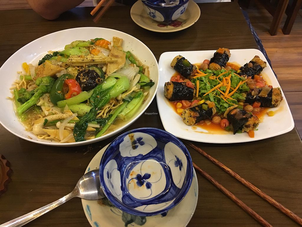 "Photo of Man Tu Vegan  by <a href=""/members/profile/VictoriaSun"">VictoriaSun</a> <br/>Fried noodles  <br/> April 8, 2018  - <a href='/contact/abuse/image/105609/382292'>Report</a>"