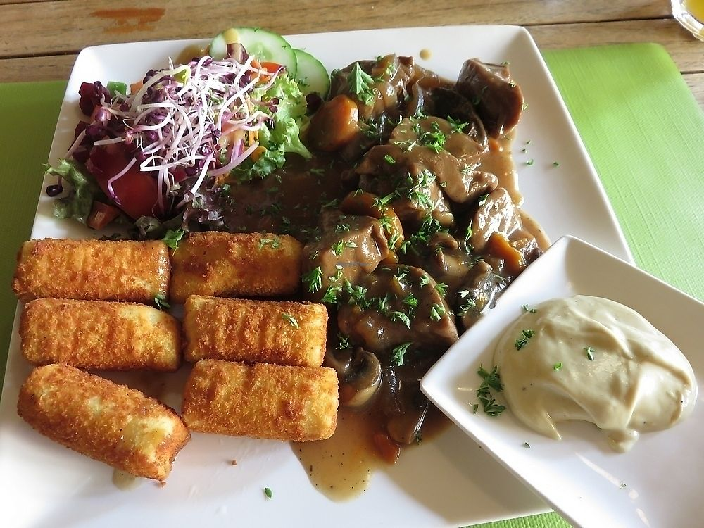 """Photo of Mosquito Coast  by <a href=""""/members/profile/TrudiBruges"""">TrudiBruges</a> <br/>seitan stew with croquettes (17,75€), Mosquito Coast, Ghent <br/> November 21, 2017  - <a href='/contact/abuse/image/105617/327892'>Report</a>"""