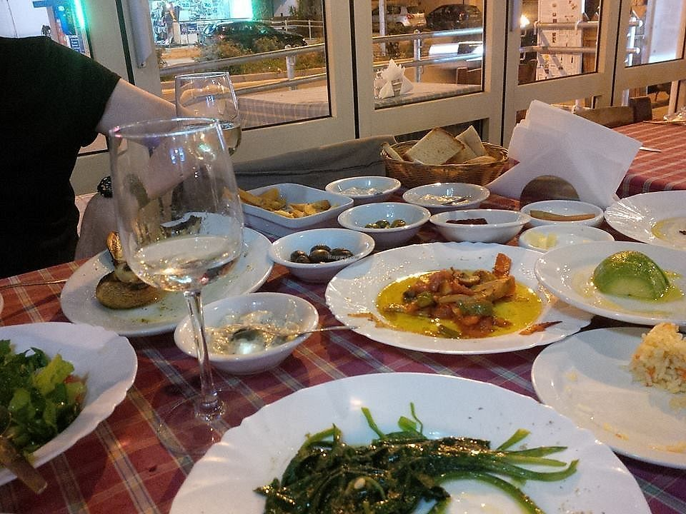 """Photo of Laterna Taverna  by <a href=""""/members/profile/damienmcbraida"""">damienmcbraida</a> <br/>Laterna vegetarian meze for 2, huge & delicious! <br/> January 3, 2018  - <a href='/contact/abuse/image/105707/342392'>Report</a>"""