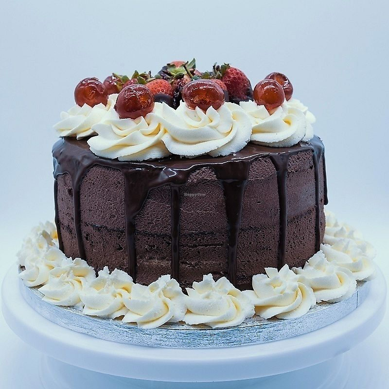 """Photo of Mrs Wheelmaker Bakes  by <a href=""""/members/profile/theslugclub"""">theslugclub</a> <br/>Black Forest Gateux Cake  <br/> December 29, 2017  - <a href='/contact/abuse/image/105715/340572'>Report</a>"""