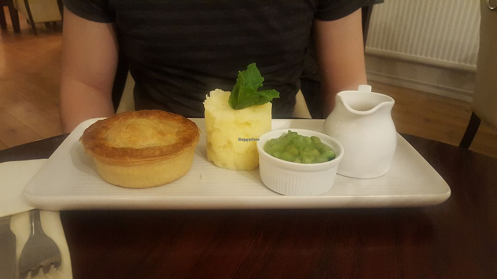 """Photo of The Three Cranes  by <a href=""""/members/profile/GeorgiaJones"""">GeorgiaJones</a> <br/>Vegetarian mushroom and spinach pie  <br/> November 25, 2017  - <a href='/contact/abuse/image/105868/328940'>Report</a>"""