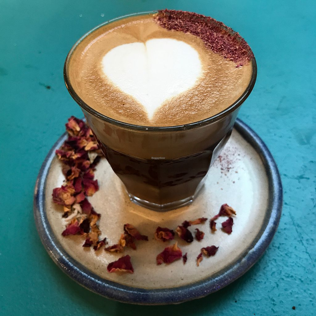 """Photo of Farm Girl - Sweaty Betty  by <a href=""""/members/profile/The%20London%20Vegan"""">The London Vegan</a> <br/>Rose latte with cashew milk  <br/> December 2, 2017  - <a href='/contact/abuse/image/105939/331521'>Report</a>"""