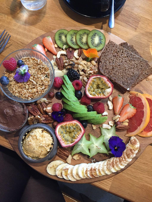 "Photo of POG  by <a href=""/members/profile/DanielaKavander"">DanielaKavander</a> <br/>The Vegan Breakfast board ? <br/> April 13, 2018  - <a href='/contact/abuse/image/105940/385032'>Report</a>"