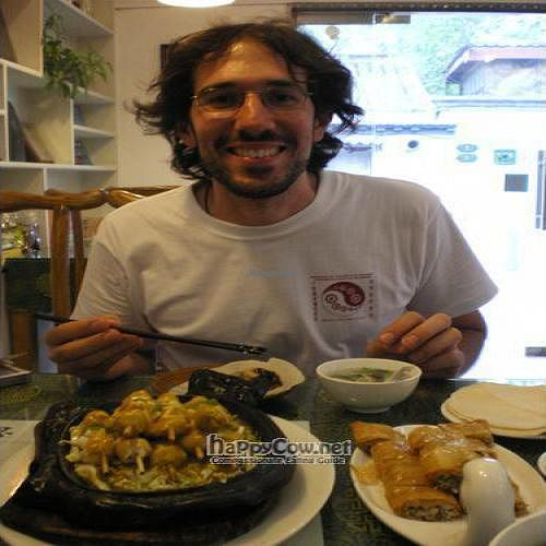 """Photo of CLOSED: Still Thoughts- Dongcheng  by <a href=""""/members/profile/RaulP"""">RaulP</a> <br/>Me eating at still thoughts (delicious Beijing duck) <br/> August 20, 2008  - <a href='/contact/abuse/image/10594/972'>Report</a>"""