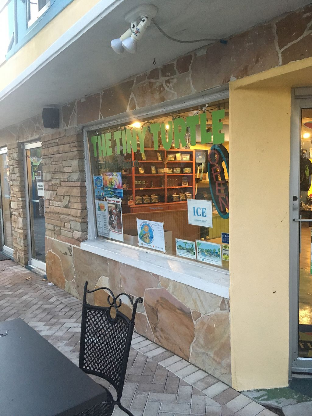 """Photo of The Tiny Turtle  by <a href=""""/members/profile/Mariarosekicks"""">Mariarosekicks</a> <br/>Front of restaurant  <br/> November 27, 2017  - <a href='/contact/abuse/image/106038/329731'>Report</a>"""