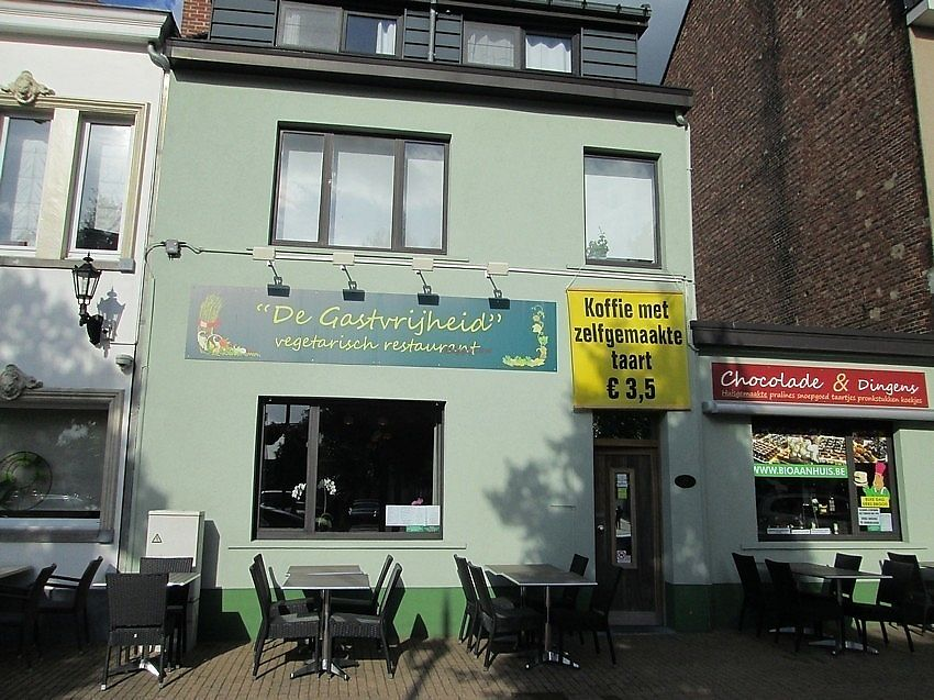 "Photo of De Gastvrijheid  by <a href=""/members/profile/TrudiBruges"">TrudiBruges</a> <br/>restaurant with terrace in front <br/> November 30, 2017  - <a href='/contact/abuse/image/106213/330757'>Report</a>"