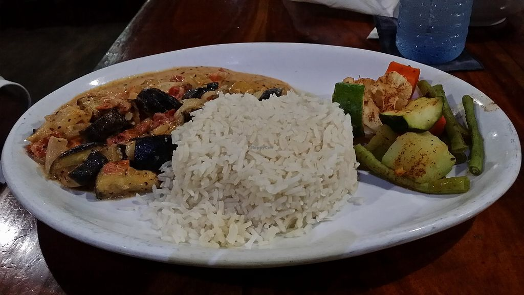 """Photo of Ko-Ox Han Nah  by <a href=""""/members/profile/mmuqtasid"""">mmuqtasid</a> <br/>Vegetable curry with coconut rice and stream vegetable option <br/> November 30, 2017  - <a href='/contact/abuse/image/106271/330781'>Report</a>"""