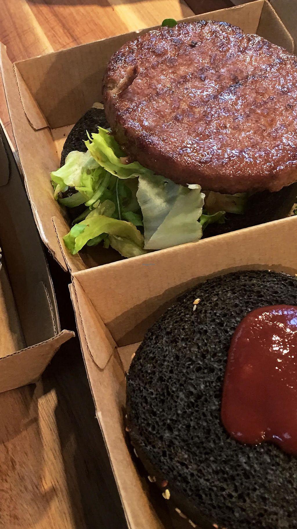 "Photo of Vunk Vood at Restaurant Seepintli  by <a href=""/members/profile/VunkVood"">VunkVood</a> <br/>The Black Burger // 100% Vegan! <br/> December 8, 2017  - <a href='/contact/abuse/image/106322/333371'>Report</a>"