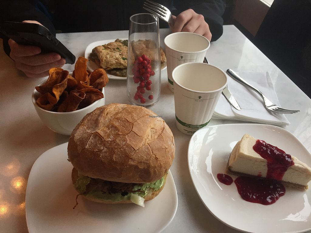 """Photo of Urbavore  by <a href=""""/members/profile/LauraMorse"""">LauraMorse</a> <br/>Biscuits and gravy, burger, chips, and cheesecake  <br/> December 24, 2017  - <a href='/contact/abuse/image/106548/338530'>Report</a>"""