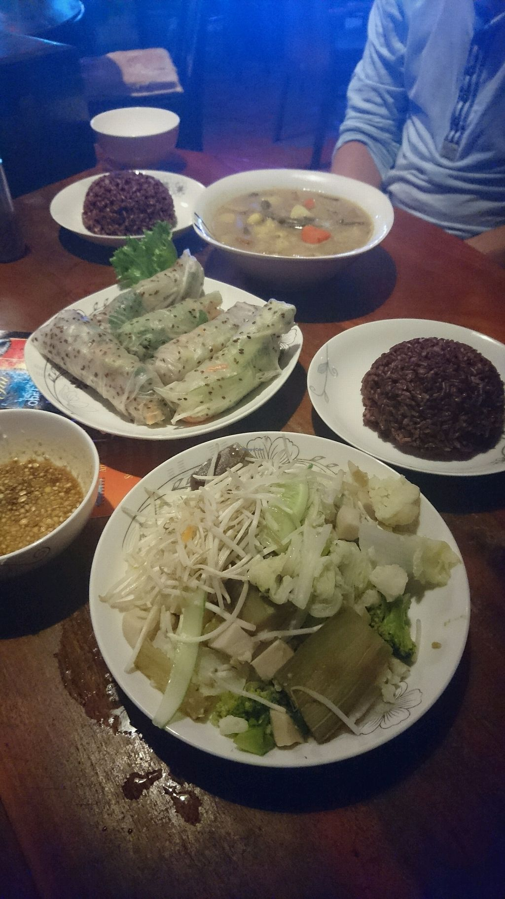 "Photo of Pacha Ma Ma  by <a href=""/members/profile/GewndolyneP"">GewndolyneP</a> <br/>Fresh spring rolls, lotus seed stew, streamed veggies and brown rice - yummy!  <br/> January 9, 2018  - <a href='/contact/abuse/image/106571/344809'>Report</a>"