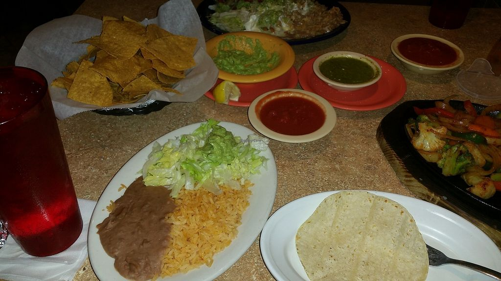 """Photo of La Casita Mexican Restaurant  by <a href=""""/members/profile/wennysan"""">wennysan</a> <br/>Rice, beans, chips, guac, red salsa and green sauce! <br/> December 6, 2017  - <a href='/contact/abuse/image/106698/332954'>Report</a>"""