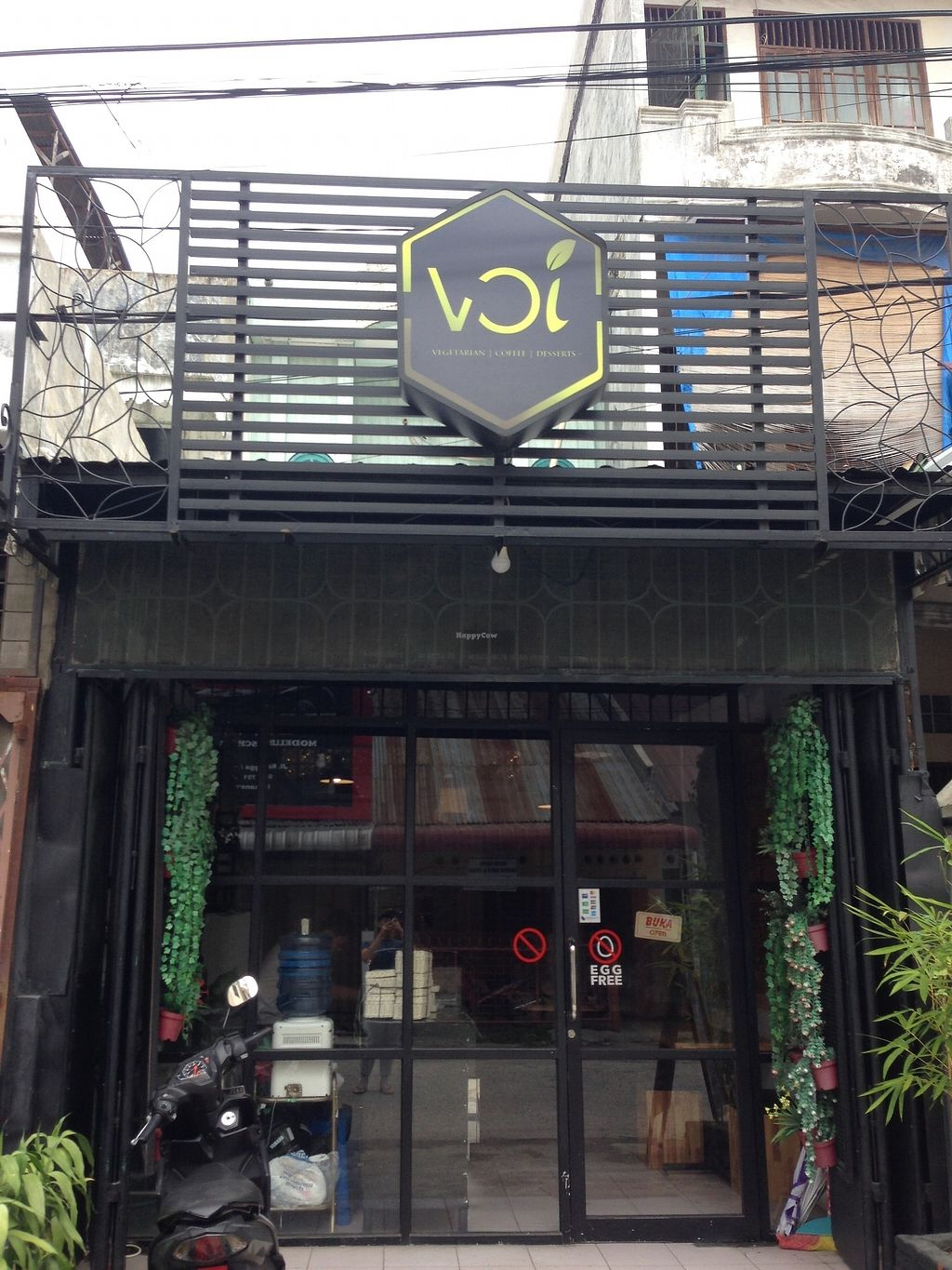 """Photo of Voi  by <a href=""""/members/profile/Rendyariestanto"""">Rendyariestanto</a> <br/>The look of the small humble store <br/> December 7, 2017  - <a href='/contact/abuse/image/106729/333017'>Report</a>"""