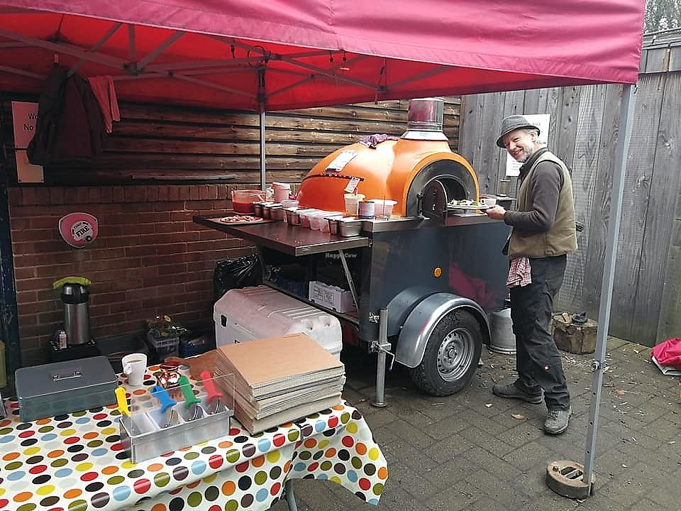 """Photo of Sunshine Pizza Oven  by <a href=""""/members/profile/Meaks"""">Meaks</a> <br/>The pizza oven in action <br/> April 26, 2018  - <a href='/contact/abuse/image/106749/391474'>Report</a>"""