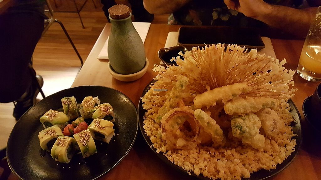 """Photo of Sushimar Vegano  by <a href=""""/members/profile/FernSato"""">FernSato</a> <br/>Tempura and aspargus sushi <br/> January 9, 2018  - <a href='/contact/abuse/image/106773/344699'>Report</a>"""