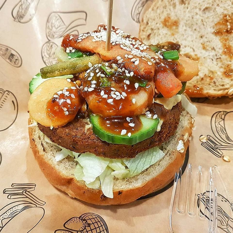 """Photo of Meat & Fit  by <a href=""""/members/profile/community5"""">community5</a> <br/>'Sushi' vegan burger <br/> December 10, 2017  - <a href='/contact/abuse/image/106811/334424'>Report</a>"""