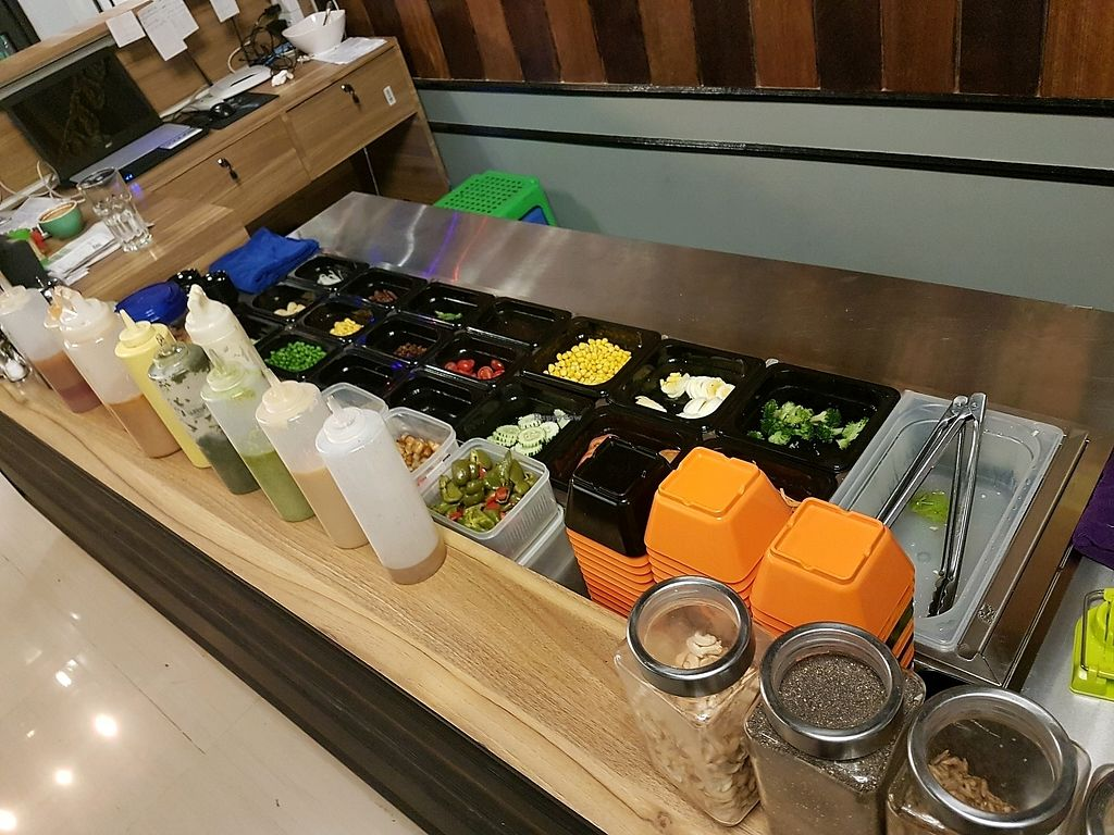 """Photo of Healthy Me  by <a href=""""/members/profile/PeterRichards"""">PeterRichards</a> <br/>fresh salad bar <br/> December 10, 2017  - <a href='/contact/abuse/image/106903/334166'>Report</a>"""