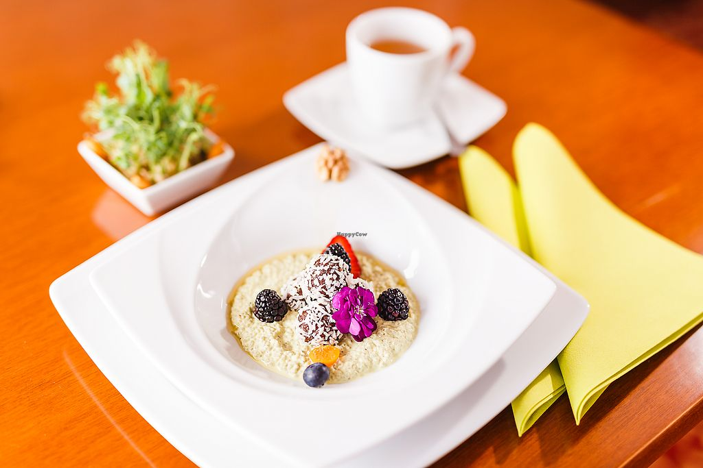 """Photo of Villa Ritter Vital Hotel  by <a href=""""/members/profile/RawChefVillaRitter"""">RawChefVillaRitter</a> <br/>Raw oat porridge <br/> December 26, 2017  - <a href='/contact/abuse/image/106984/339249'>Report</a>"""