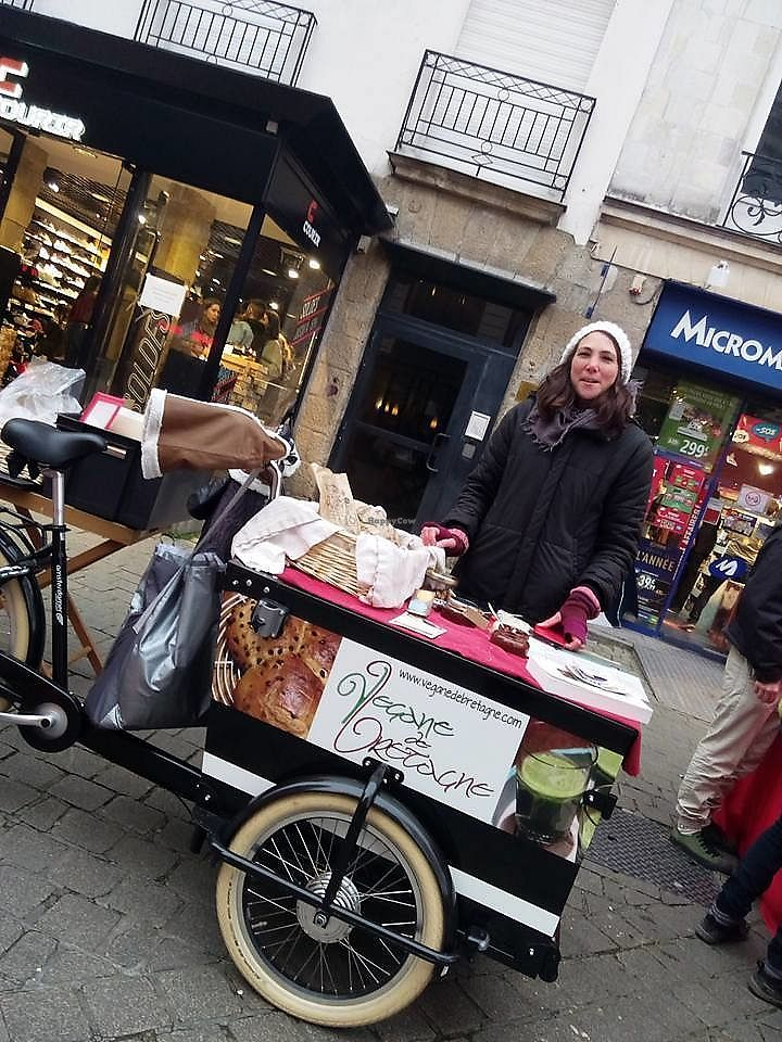 """Photo of Vegane de Bretagne  by <a href=""""/members/profile/thenaturalfusions"""">thenaturalfusions</a> <br/>L214 action in Nantes <br/> January 16, 2018  - <a href='/contact/abuse/image/107008/347247'>Report</a>"""
